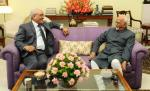 The Chairman, National Green Tribunal, Justice (Retd.) Swatanter Kumar calling on Shri M. Hamid Ansari, Hon'ble Vice President of India, in New Delhi on August 02, 2017.