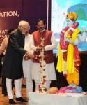 Shri M. Hamid Ansari, Hon'ble Vice President of India lighting the lamp at the Silver Jubilee Celebrations of Rashtriya Ayurveda Vidyapeeth, in New Delhi on May 29, 2017. The Minister of State (Independent Charge) for AYUSH, Shri Shripad Yesso Naik is also seen.
