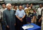 Shri M. Hamid Ansari, Hon'ble Vice President of India looking at the 'Exhibition on Science & Technology Innovations' organized by the Parliamentary Standing Committee on Science & Technology, Environment & Forests and Rajya Sabha, in New Delhi on July 28, 2017. The Speaker of Lok Sabha, Smt. Sumitra Mahajan, the Union Minister for Science & Technology, Earth Sciences and Environment, Forest & Climate Change, Dr. Harsh Vardhan and other dignitaries are also seen.